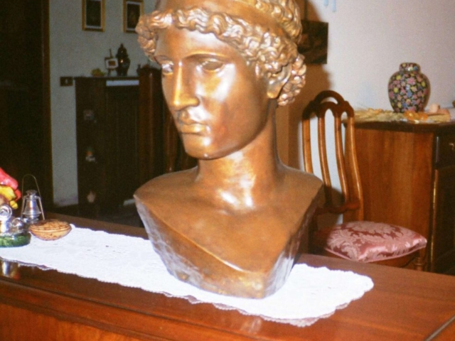 Busto in gesso