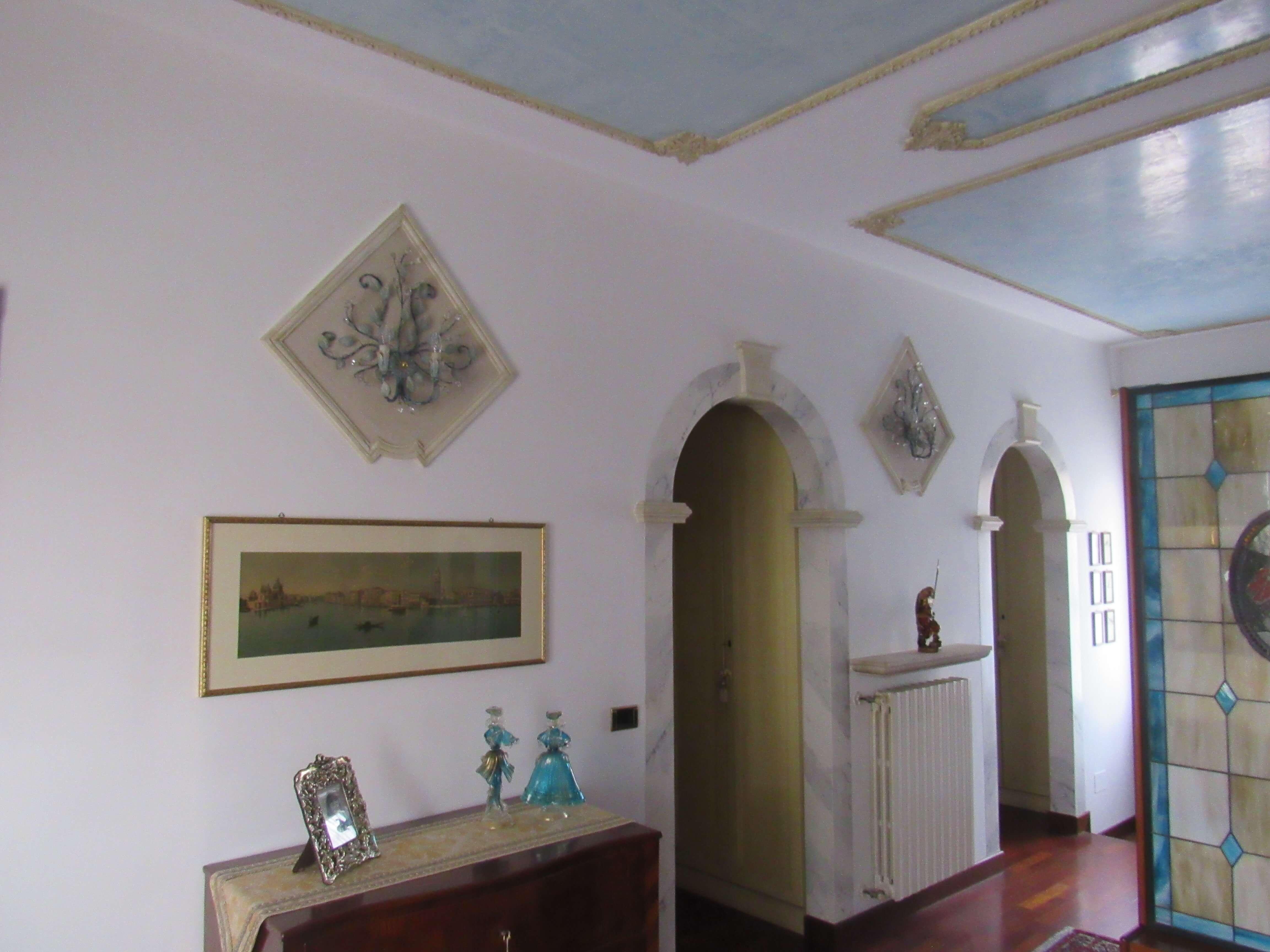 Residenza Privata -corridoio-